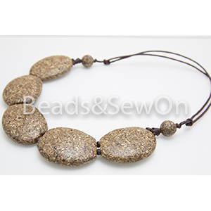 Eco Beads 2H Pebble Necklace Brown