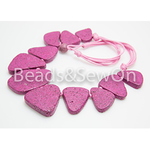 Eco beads Flat pebble necklace pink